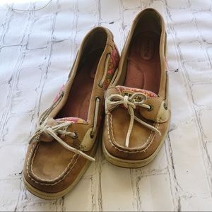 [Sperry] Tan Boat Shoe with pink & green print 9